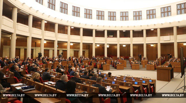 Беларусь планирует вближайшие годы отказаться отимпорта электрической энергии